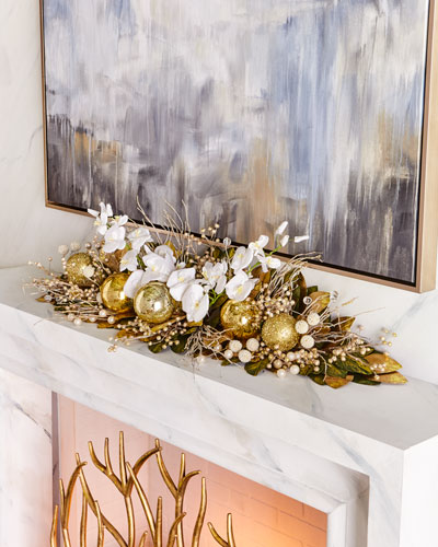 Gold Christmas 46 Mantlepiece