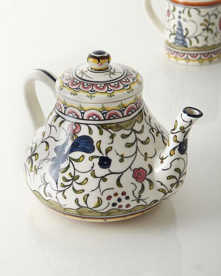 Pavoes Teapot