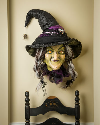 Brunhilda Wall Mask