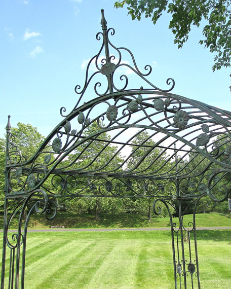 Zaer Ltd International Mahekal Square Iron Garden Gazebo