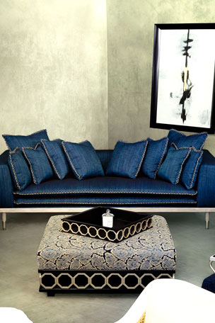 Fantastic Sofas Sectionals Settees At Neiman Marcus Pdpeps Interior Chair Design Pdpepsorg