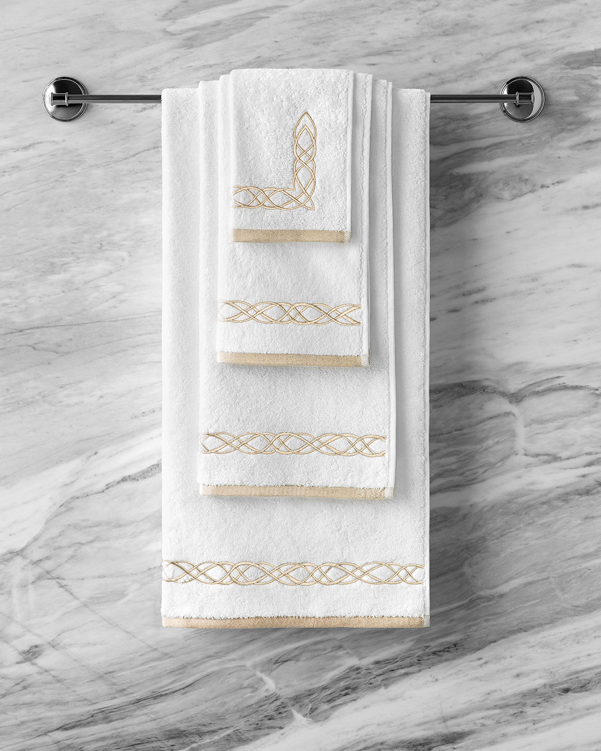 Togas Mia White/Ecru Bath Towel
