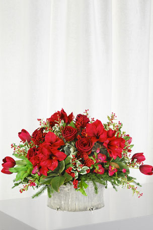 Winward Amaryllis Rose Holly in Large Oval Vase