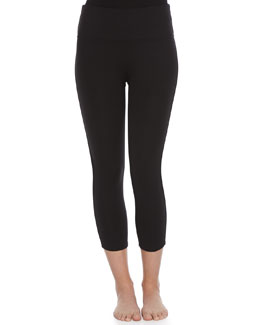 Spanx Ready-to-Wow Structured Capri Leggings