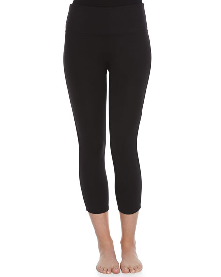 Ready-to-Wow Structured Capri Leggings