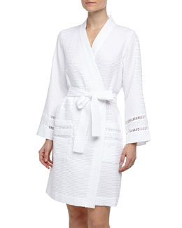 Oscar de la Renta Spa Oasis Crochet-Trim Short Robe, White