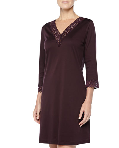 Hanro Moments Lace-Trimmed Big Sleepshirt, Burgundy