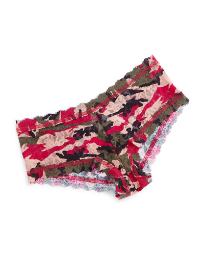 Huntress Signature Camo-Print Boyshorts, Multicolor