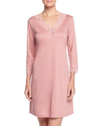 Moment Lace-Trimmed Bigshirt, Mellow Rose