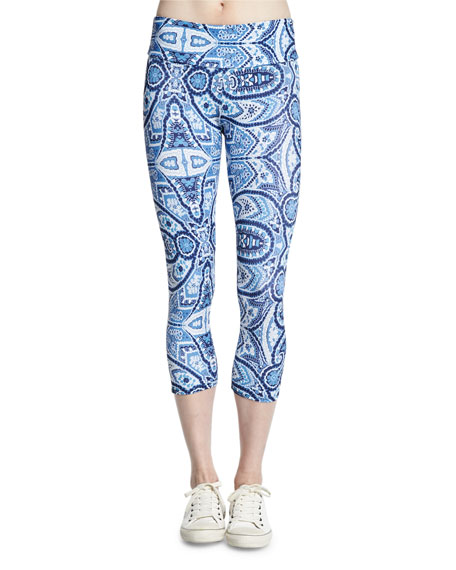 Onzie Printed Sport Capri Pants, Iris