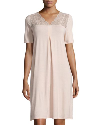 Noelia Short-Sleeve Gown