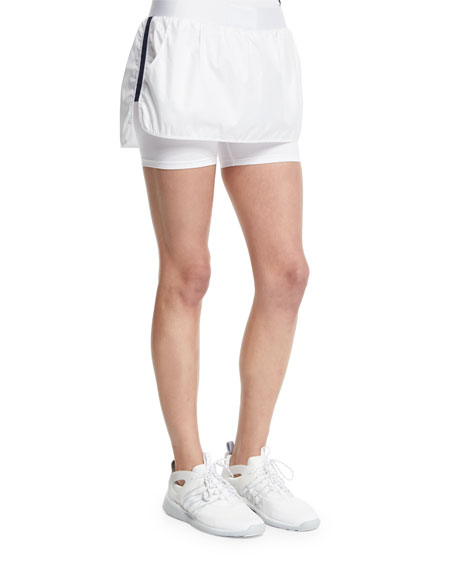 HEROINE SPORT Side-Striped Training Skort, White/Navy in White W/Navy