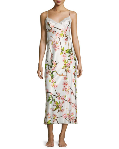 Natori Blossom Gown W/Lace Inset, Petal Pink