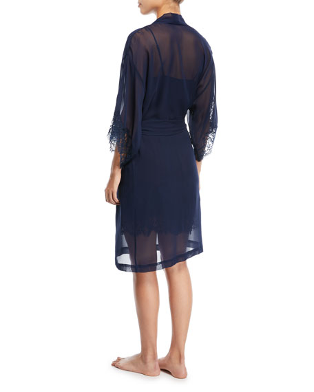 Soir de Venise Long-Sleeve Short Robe