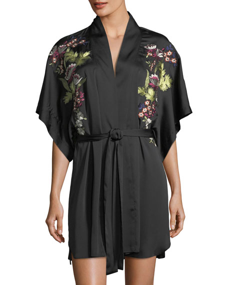 Natori Alyssa Embroidered Short-Sleeve Robe and Matching Items