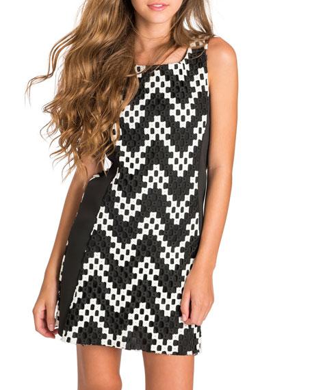 Riley Sleeveless Colorblock Chevron Shift Dress, Black/White, Size 7-16