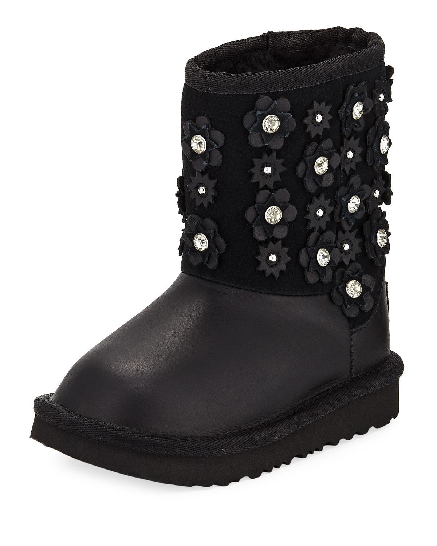 cdfe2ede370 italy ugg classic short petal boot liner f6cb5 b5f35