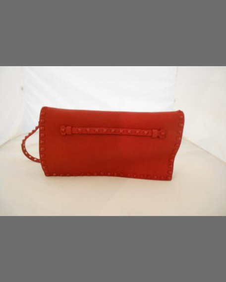 Rockstud Flap Wristlet Clutch Bag, Light Cuir