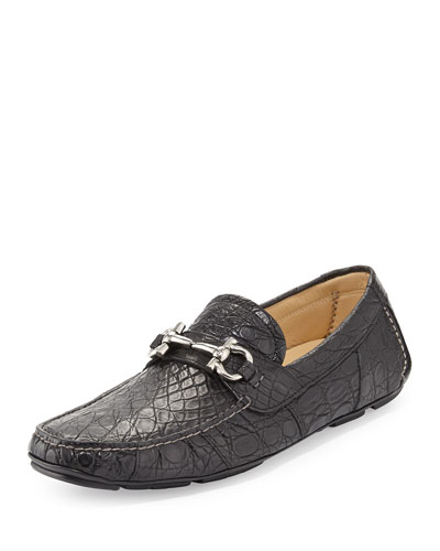 Salvatore Ferragamo Svezia Pebbled Leather Loafer, Black
