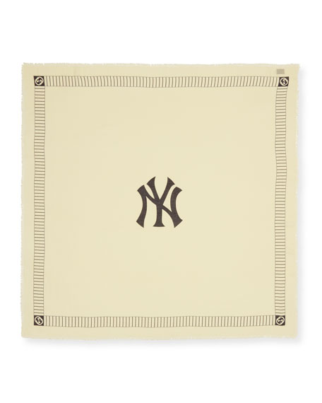 Gucci Men's New York Yankees MLB Logo Scarf