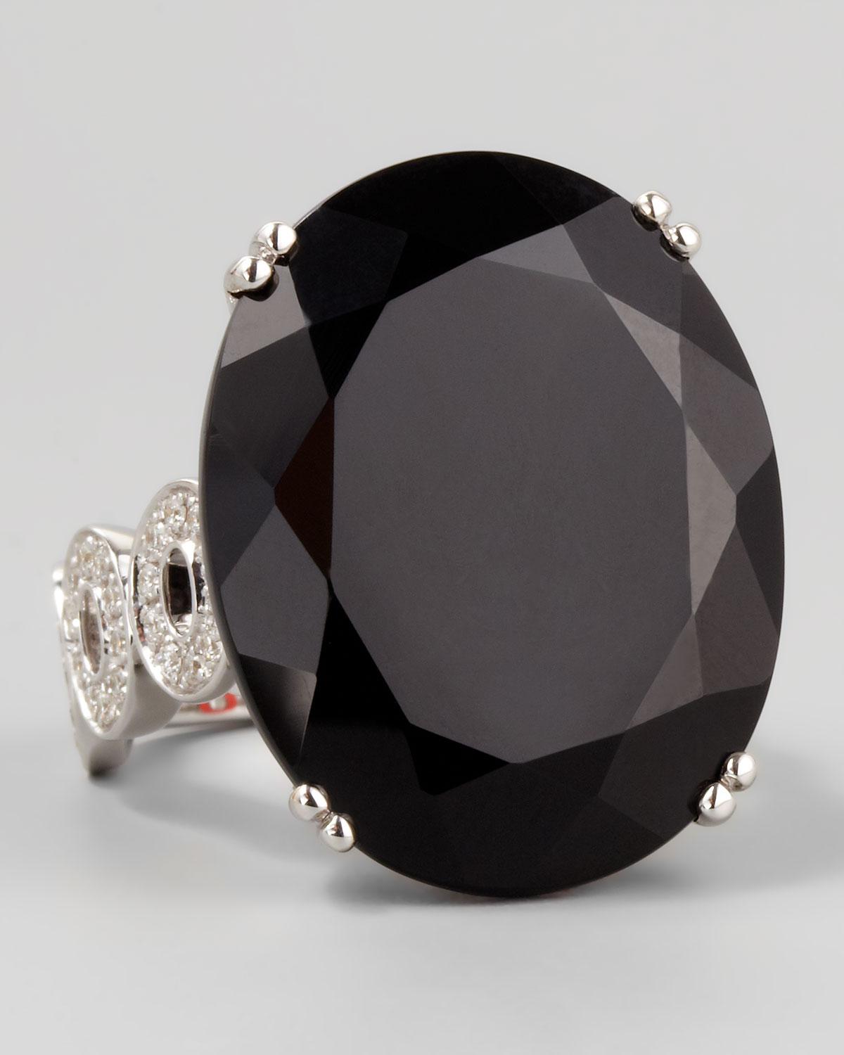 Signature Oval-Band Onyx Cocktail Ring, Sz 6
