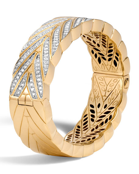 Modern Chain Large 18K Gold Bangle with Diamonds