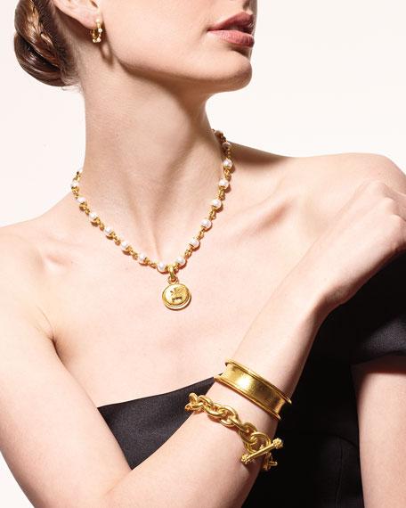Elizabeth Locke 18k Gold Arrow & Castle Pendant