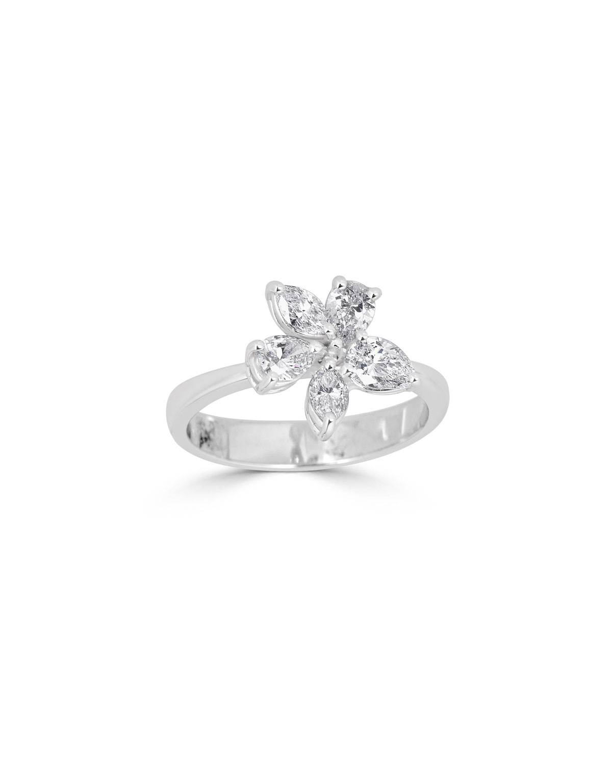 33f90fecf2cc ZYDO Luminal 18k White Gold Diamond Flower Ring