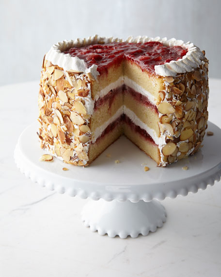 Annie Pie's Bakery Strawberry Chantilly Cake, For 8