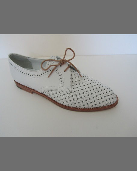 Piola Perforated Leather Oxford, White