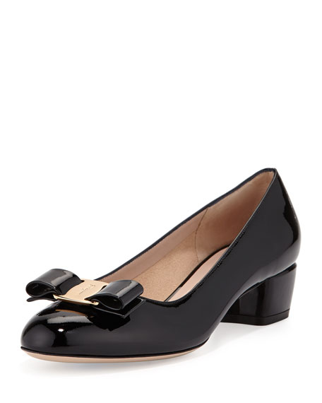 Salvatore Ferragamo Patent Bow Pump, Nero