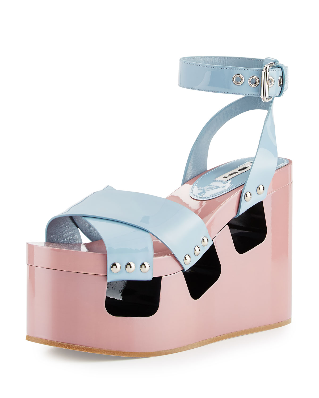 9aa1961627a Miu Miu Runway Cutout Platform Patent Clog Sandal