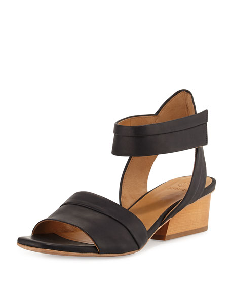 Coclico Outside Leather City Sandal, Black
