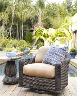 South Hampton Outdoor Swivel Glider Lounge Chair & Accent Table