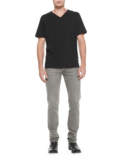 Rag & Bone Jersey V-Neck Tee & Slim Skinny Denim Jeans