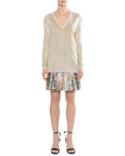 Reversed Dyed Sweater & Metallic Tulip-Print Pleated Skirt