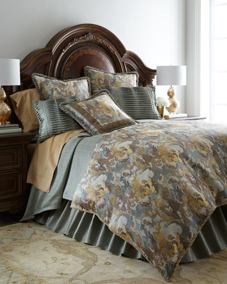 Sweet Dreams King Gold Coast Manor Floral Duvet