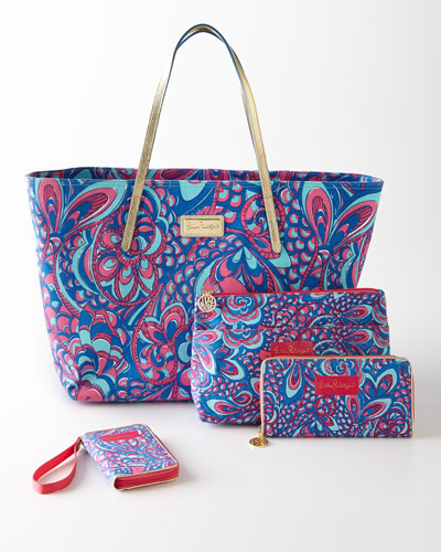 Lilly Pulitzer Brewster Blue Travel Accessories
