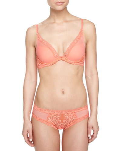 Feathers Contour Plunge Bra & Lace-Trimmed Hipster Briefs