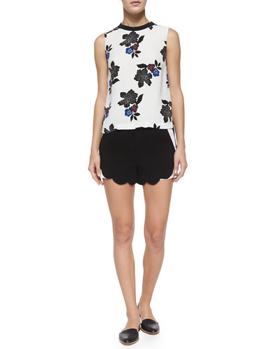 Harvey Sleeveless Floral-Print Top & AJ Two-Tone Scalloped Shorts