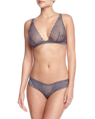 Minoa Basic Soft Bra & Low-Rise Lace Thong