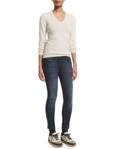 V-Neck Cashmere Sweater W/Elbow Patches & Mid-Rise Exposed-Fly Cropped Jeans