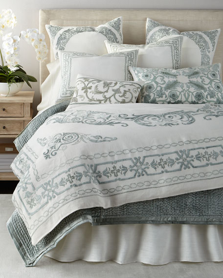 Queen Aleksi Duvet Cover