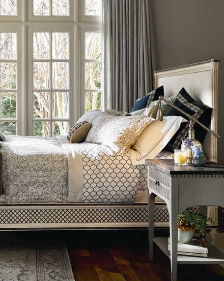Canterbury King Bed