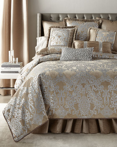 duvet covers king queen damask duvet covers at neiman. Black Bedroom Furniture Sets. Home Design Ideas