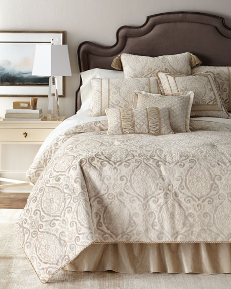 Chateau Queen Comforter