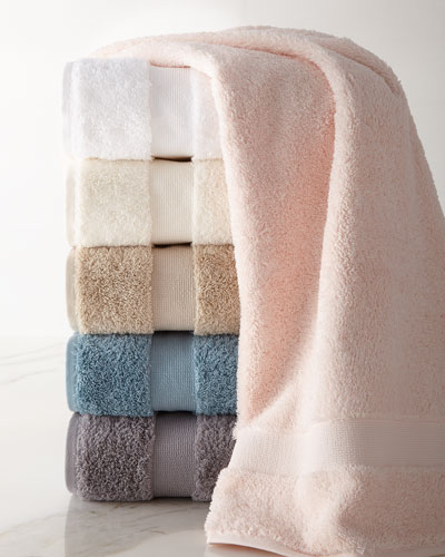 Nuage Bath Towel  and Matching Items