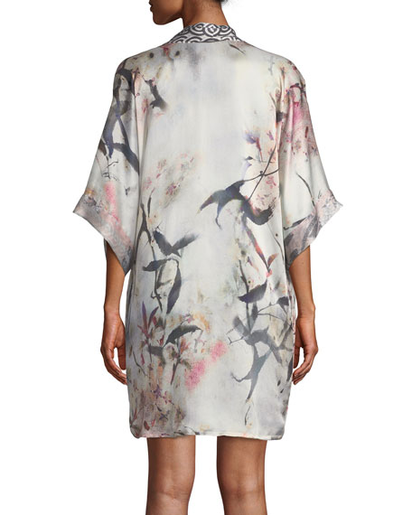Nightingale Short Silk Robe