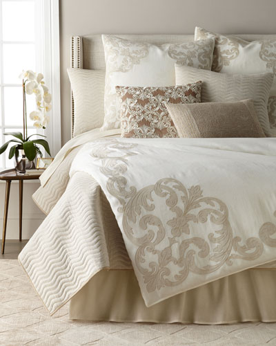 Carriage Cartouche King Duvet  and Matching Items