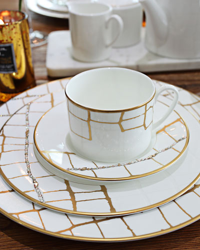 Alligator Dinner Plate with Crystal Details  and Matching Items